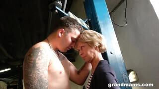 Autós szex pornó